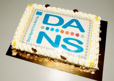 Bei Kuchen wird Erreichtes gefeiert