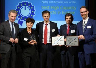 Die Gewinner des European Broadband Awards 2016 mit EU-Kommissar Günther H. Oettinger