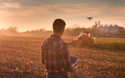 Hightech auf dem Feld – Neues Fachdossier beleuchtet die digitale Transformation der Landwirtschaft