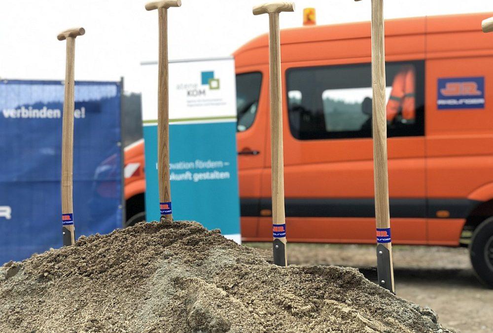 """Spatenstich: St. Englmar öffnet das """"Tor zur Zukunft"""""""