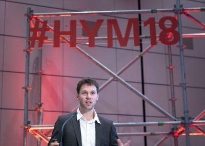 Alexander Spieß (Reiner Lemoine Institut) spricht am 21.11.2018 auf der Konferenz Digital Regions der Hypermotion in Frankfurt.
