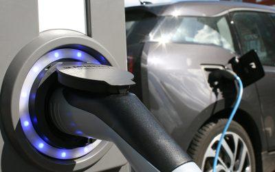 """Schriftenreihe: """"Verkehr und Umwelt"""": Neuer Artikel zu Reichweite und Ladevorgängen von Elektroautos im Alltag"""